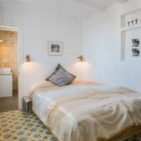 Белые оттенки в интерьере спальни 12 кв м