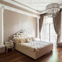 пример яркого украшения декора стен в спальне картинка