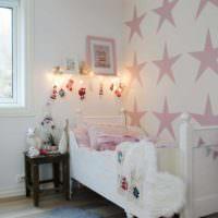 вариант светлого стиля спальни для девочки фото