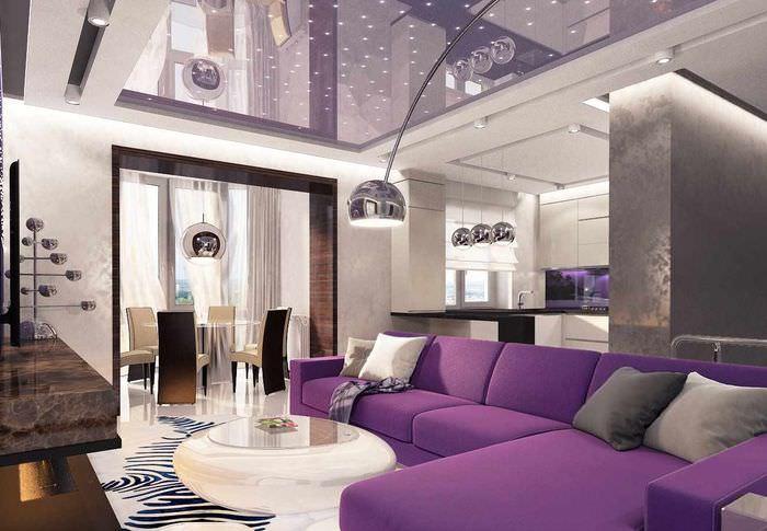 вариант светлого интерьера проходной гостиной