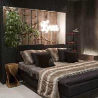 пример необычного оформления дизайна стен в спальне картинка