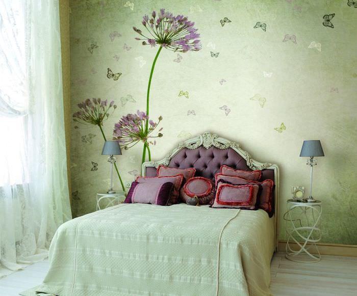 Фотообои в интерьере спальни в стиле прованс