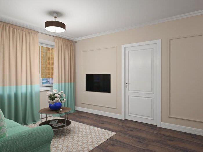 Кремовые стены, коричневый пол и немного мятного в декоре гостиной