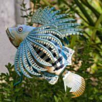 Декоративная рыбка из старой покрышки