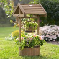 Декоративный колодец для укращения сада