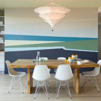 Абстрактная композиция своими руками на стене кухни