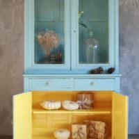 Реставрация кухонного шкафа своими руками