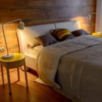 Светильники на прикроватных тумбочках