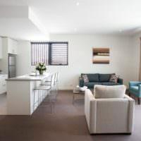 Кухонный остров в дизайне однокомнатной квартиры