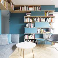 Открытые полки для книг в интерьере однушки