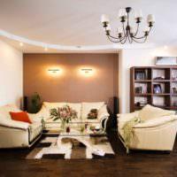 Подсветка стены над диваном в гостиной