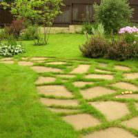 Природный камень в оформлении садового участка