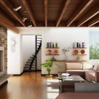 Деревянный потолок и каменный камин в интерьере гостиной
