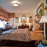 Декорирование спальной комнаты картинами