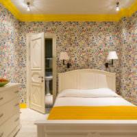Яркие пестрые обои в дизайне спальни