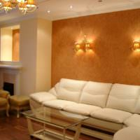 Ниши с подсветкой в дизайне классической гостиной