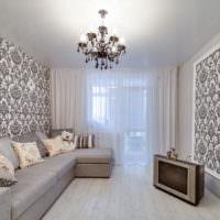 Комбинированная отделка стен гостиной