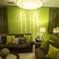 Освещение гостиной с оливковыми тонами в интерьере