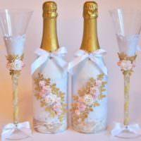 Объемные цветы своими руками на бутылках шампанского