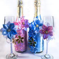 Объемные цветы для декорирования шампанского