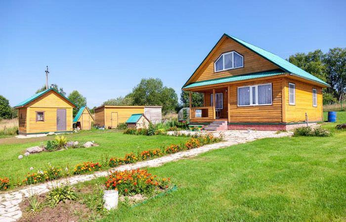 Дизайн дачного участка в русском стиле