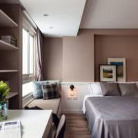 Пастельные тона и серые акценты в дизайне спальни
