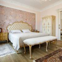 Классические мотивы в декорировании спальни