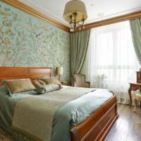 Сочетание мятных оттенков с коричневыми тонами в убранстве спальни