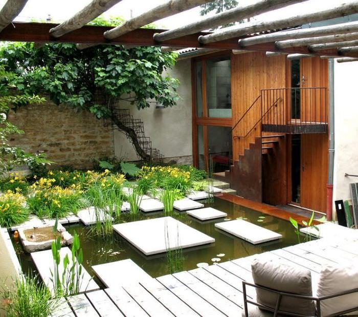 Дизайн внутреннего дворика в китайском стиле