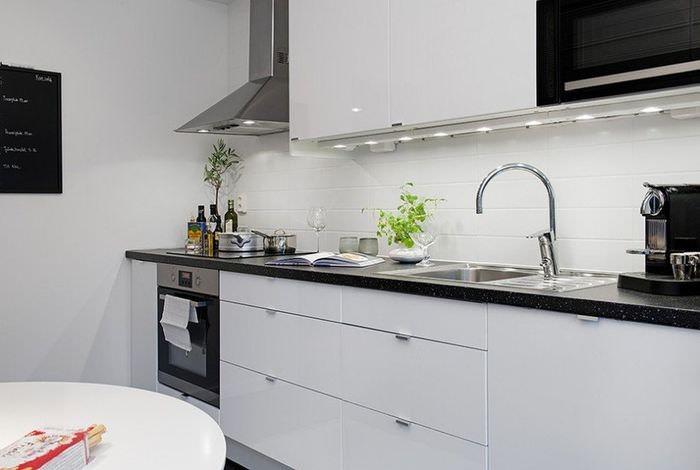 Линейная планировка кухни в однокомнатной квартире