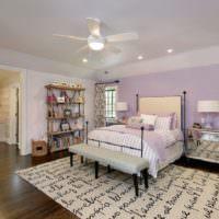 Покраска стен в спальне в цвет лаванды