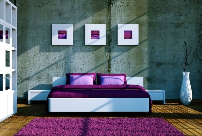 Оформление спальни в темно-лавандовых тонах для стиля хай-тек