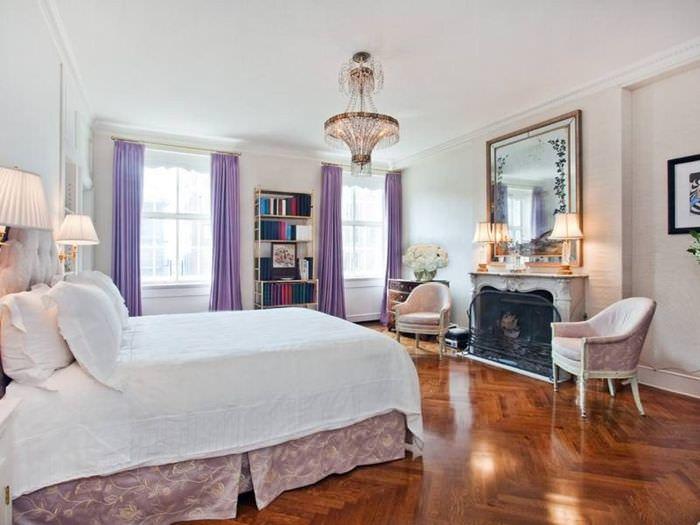 Лавандовые шторы в интерьере спальной комнаты