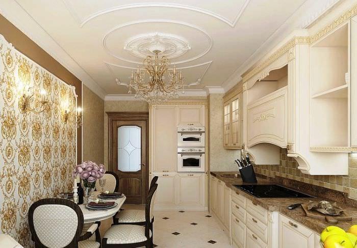 Интерьер кухни в классическом стиле с элементами лепнины