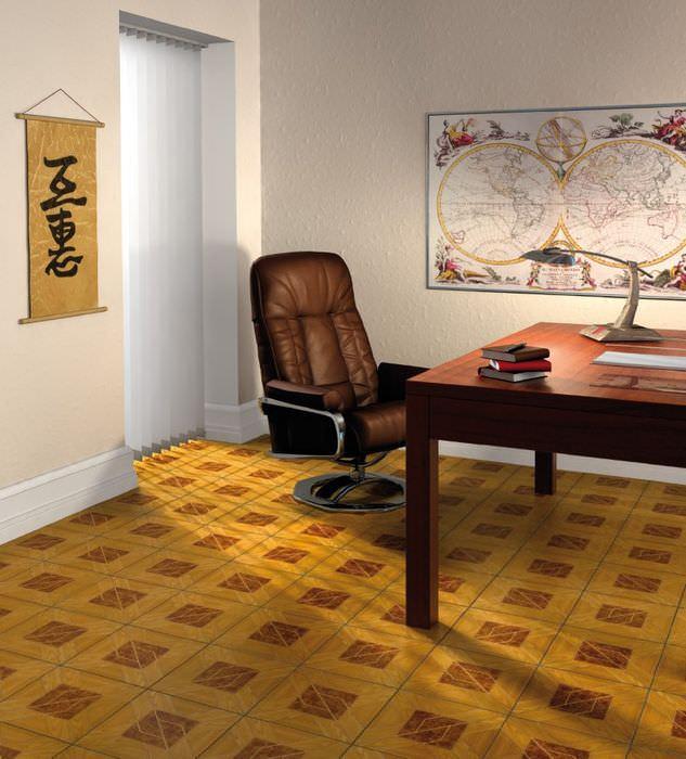 Дизайн комнаты городской квартиры с линолеумом на полу