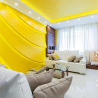 Оформление гостиной в ярких желтых тонах