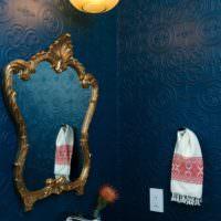 Обои под покраску в интерьере ванной комнаты