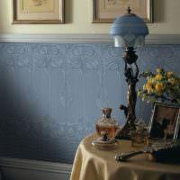 Фактурные обои под покраску в интерьере комнаты