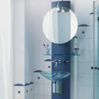 Стеклянная раковина в дизайне ванной