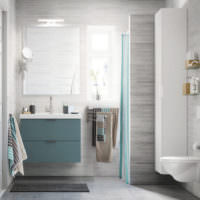 Подвесная мойка в интерьере ванной частного дома