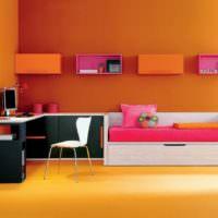 Различные оттенки оранжевого цвета в дизайне жилой комнаты