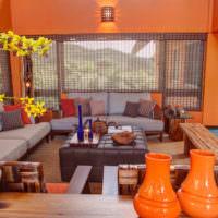 Оранжевый цвет в интерьере комнаты в восточном стиле