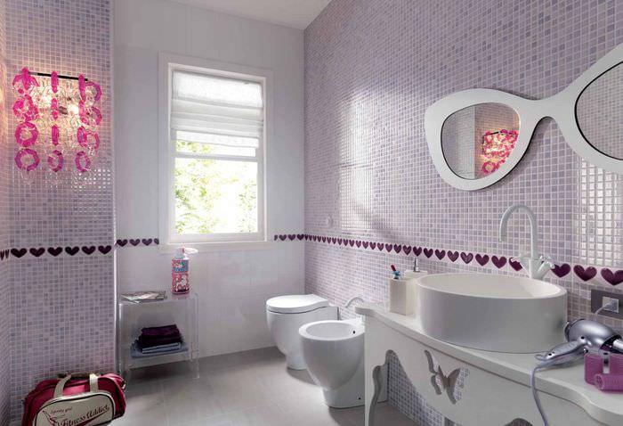 Дизайн современной ванной комнаты с облицовкой стен мозаикой