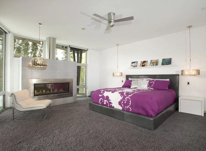 Пол в спальне из ковролина серого цвета