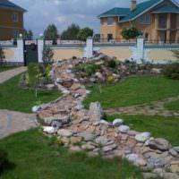 Сухой ручей в ландшафтном дизайне садового участка