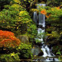 Водопад в дизайне садового участка