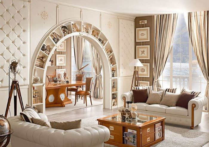 Ниши вокруг арки в дизайне гостиной частного дома