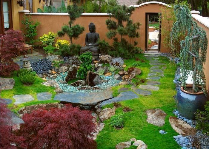 Восточный сад в парадной зоне своими руками