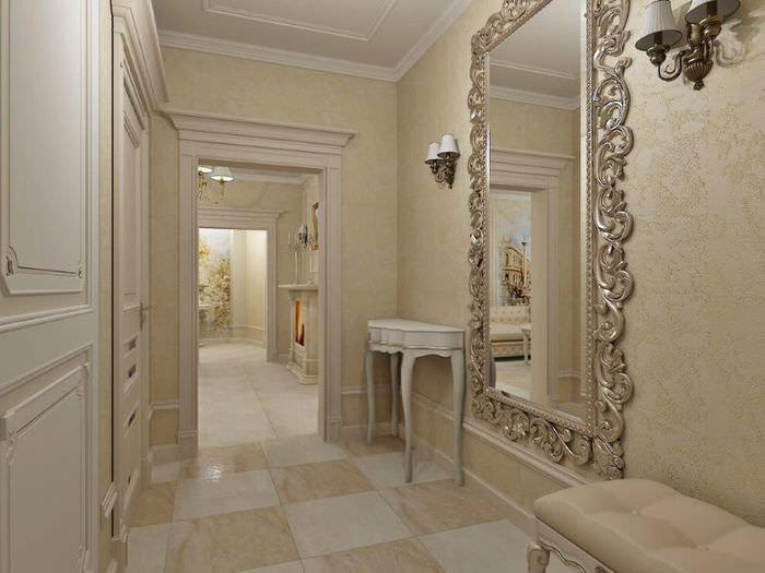 Настенное зеркало в красивой раме в комнате неоклассического стиля