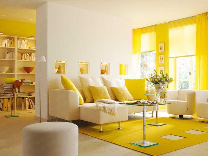Желтые оттенки в дизайне жилых помещений